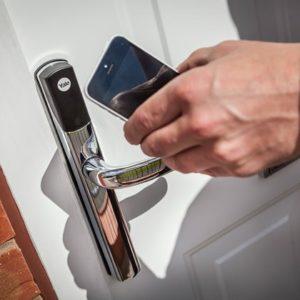 conexis-l1-life-phone-app-high-res-jpgp0x0-q85-m1020x420-framenumber1